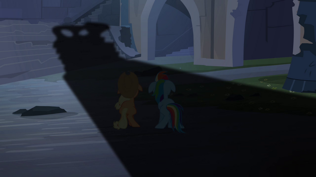 File:Shadow on Applejack and Rainbow Dash S4E03.png