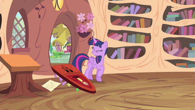 File:Twilight feels the impact S4E11.png