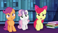 """Apple Bloom worried """"oh, no!"""" S6E19"""