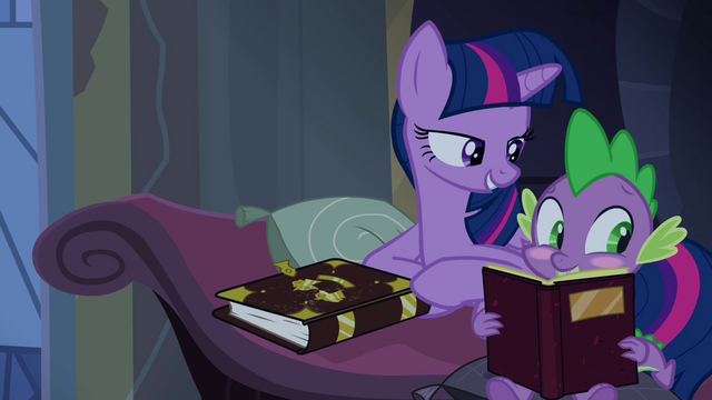 File:Twilight pokes blushing Spike S4E03.png