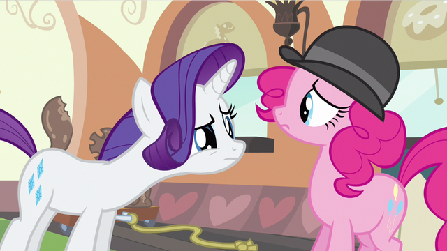 File:Rarity ladylike bite S2E24.png