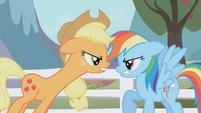Applejack challenges Rainbow Dash to a hoof wrestle S01E03