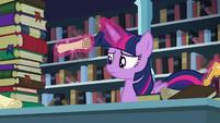 Twilight levitating a scroll S6E2