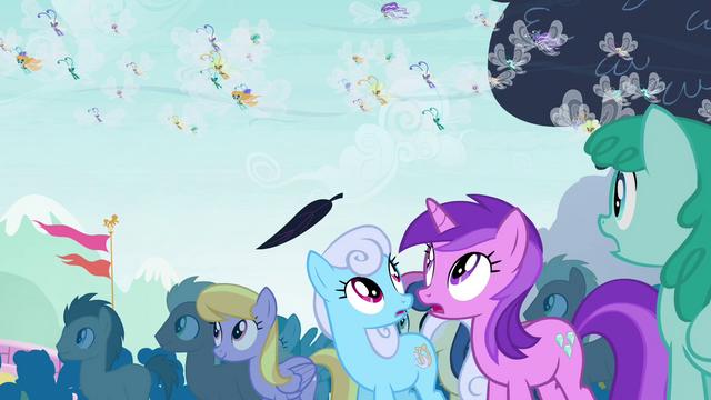 File:Ponies see floating leaf S4E16.png