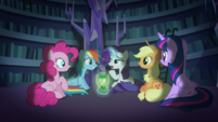 Rarity continues repeating the premise S5E21
