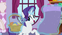 Rarity levitating fabric and basket S5E11