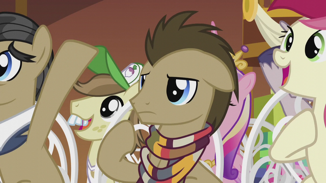 File:Dr. Hooves looking confused S5E9.png