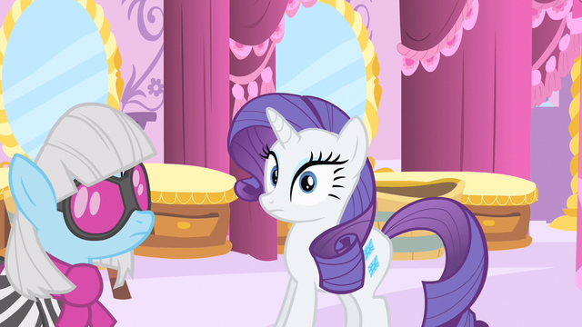 File:Rarity don't you notice me S1E20.png