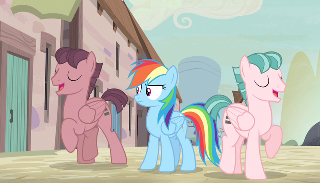 File:Rainbow Dash confused by singing S5E1.png
