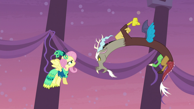 File:Discord snaps at Fluttershy S5E7.png
