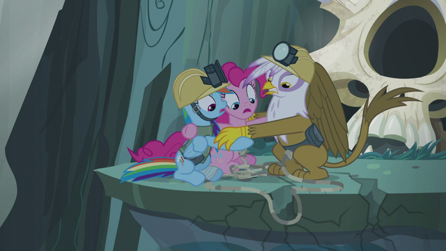 File:Ledge start to crumble underneath Gilda and ponies S5E8.png