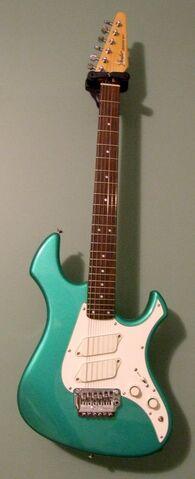 File:Fender Japan Performer-1-.jpg