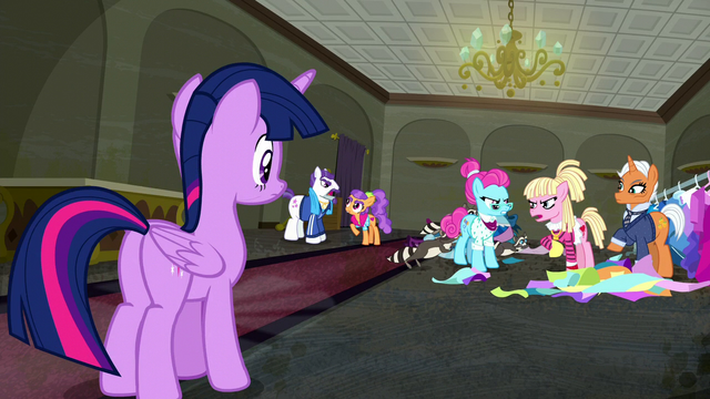File:Twilight Sparkle looks at several ponies complaining S06E09.png