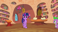 Twilight entering library S2E20