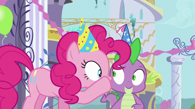 File:Pinkie Pie whispering in Spike's ear S5E12.png
