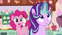"Starlight ""helping"" Mrs. Cake S6E6"