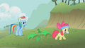 Apple Bloom kite flying S1E12.png