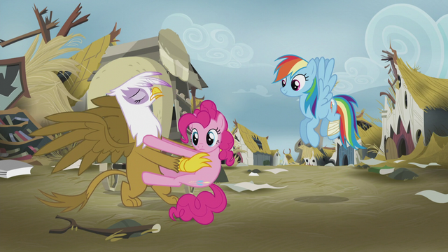 File:Gilda prying Pinkie Pie off of her S5E8.png