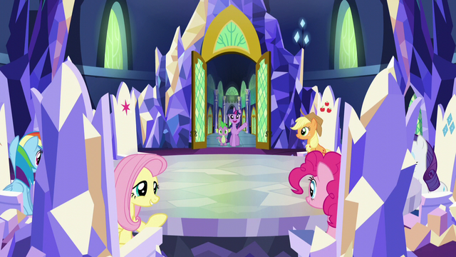 "File:Twilight ""Hey, gang"" S5E22.png"