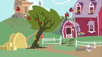 Babs Seed shaking an apple tree S3E4