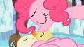 Pinkie Pie kisses Pumpkin Cake S2E13.png