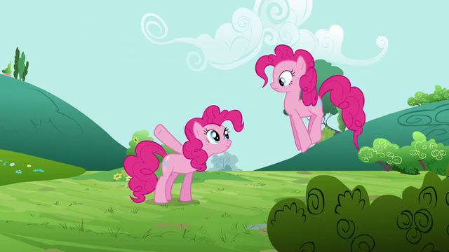 File:Pinkie Pie tells clone what to do S3E3.png