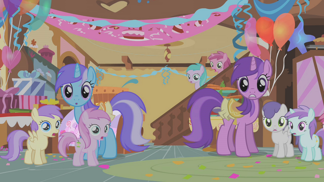 File:Ponies look aghast S1E12.png