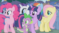 Ponies and Spike hear Applejack's voice S1E04