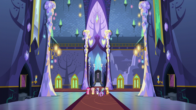 File:Twilight walking back and forth in front of her friends S5E11.png
