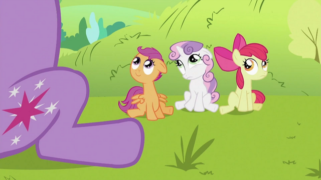 "File:Sweetie Belle ""Mane"" 2 S2E03.png"
