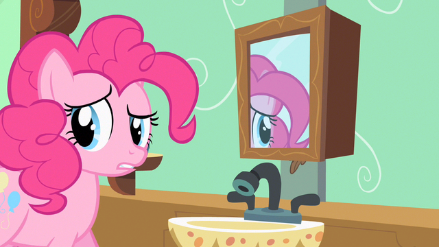 File:Pinkie Pie looking around S2E13.png
