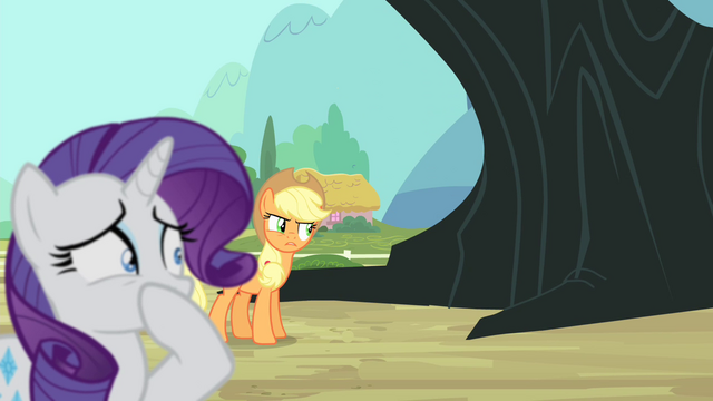 "File:Applejack ""sick or somethin'?"" S4E11.png"