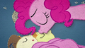 Pinkie kisses Pound Cake on the forehead BFHHS2.png
