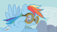 Rainbow putting her goggles on S01E10