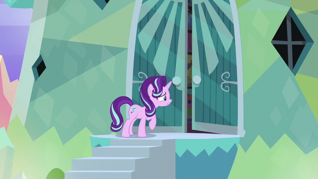 File:Starlight calling out to Sunburst S6E1.png