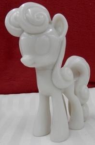 File:Sweetie Drops Vinyl Figurine Prototype.jpg