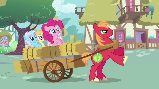 File:Pinkie Pie sad fillies cart Big Mac S2E18.png