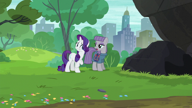 "File:Maud Pie ""why isn't she using her party cannon?"" S6E3.png"
