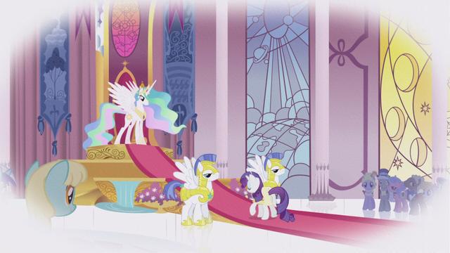 File:Rarity at Celestia's throne room S1E3.png