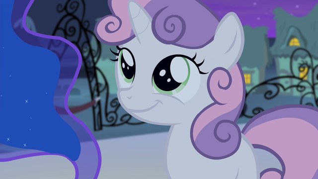 File:Sweetie smiling S4E19.png