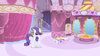 Rarity moving curtain S1E19
