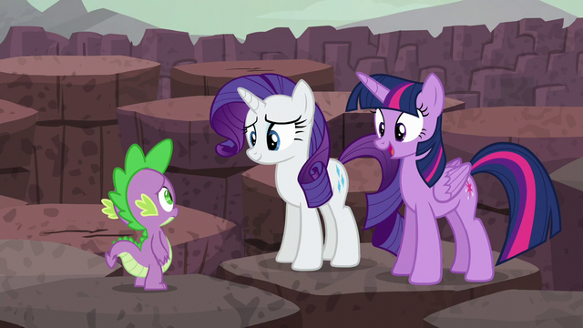 "File:Twilight ""we're staying to cheer you on!"" S6E5.png"