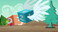 Giant die magically sprouts wings S6E17