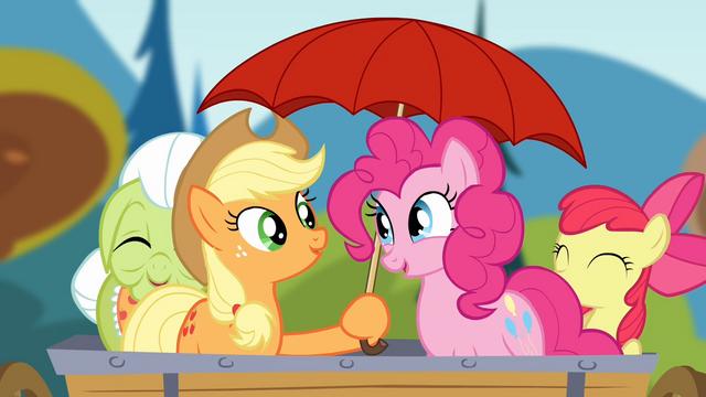 File:Applejack holding an umbrella S4E09.png