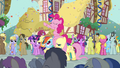 "Pinkie Pie ""come on, everypony"" S2E18.png"