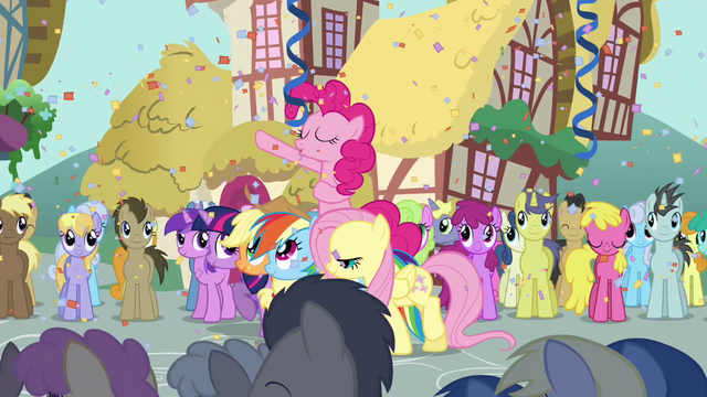 "File:Pinkie Pie ""come on, everypony"" S2E18.png"