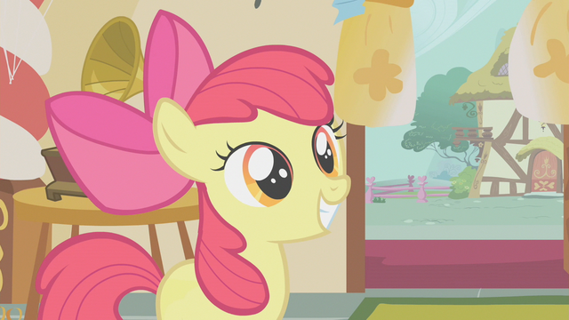 File:Apple Bloom having a big smile S1E12.png