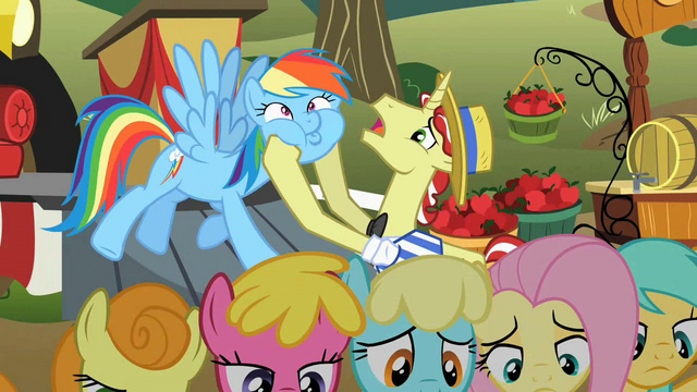 File:Flim squeezing Rainbow's cheeks S2E15.png