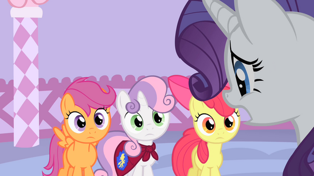 File:Rarity looks stressed S1E17.png