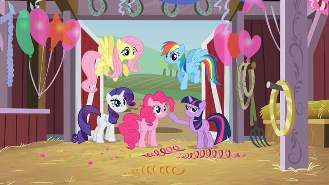 File:Setting out to find Applejack S2E14.png